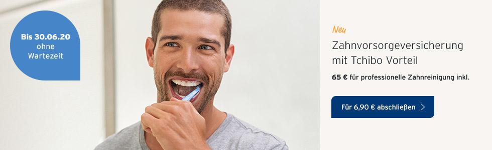 Zahnzusatzversicherung Mann Zahnbürte
