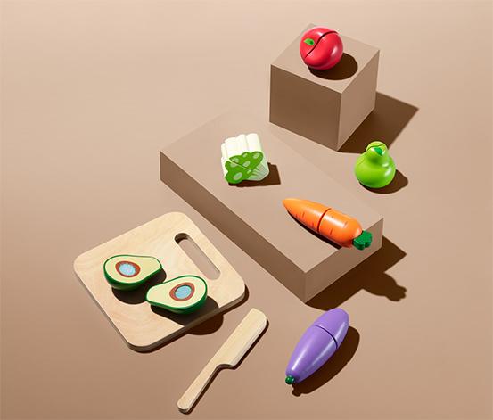 Drewniane zabawki do krojenia »Warzywa i owoce«