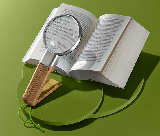 Lupa na čítanie s LED