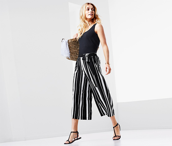 Siyah Beyaz Çizgili Pantolon