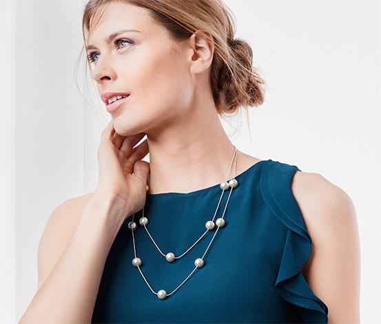 Dvouřadový náhrdelník se skleněnými perlami