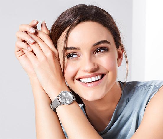 Montre femme avec bracelet en cuir