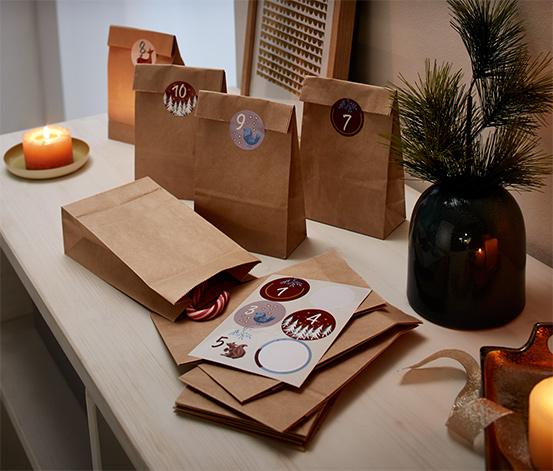 Kit till adventskalender och presentpåsar