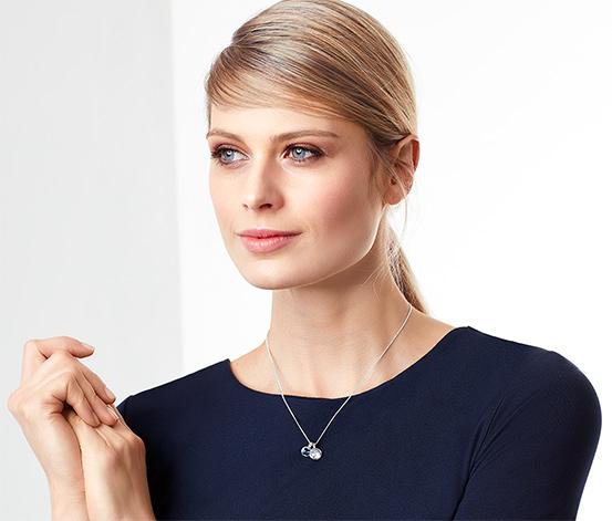 Női nyaklánc Swarovski kristályokkal