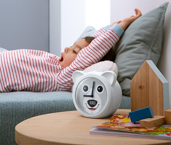 Aide au coucher et au lever pour les enfants