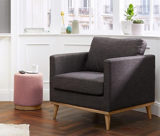 Polstrovaná stolička s dubovým podstavcem