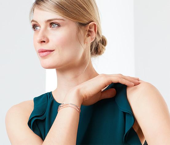 Bracelet plaqué or rose avec des zircones