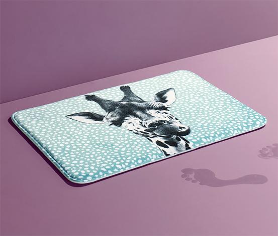 Piankowy dywanik łazienkowy 45x65 cm, z nadrukiem żyrafy