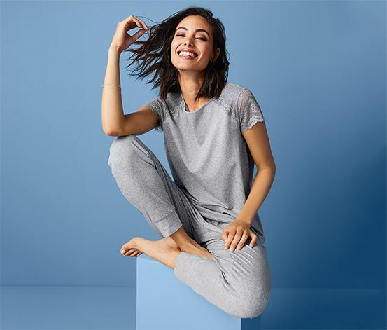 Női csipkés pizsama, szürke