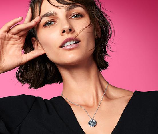 Kæde pyntet med Swarovski®-krystaller