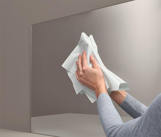 Biała magiczna ściereczka do czyszczenia szyb i luster bez detergentów, ok. 40 x 40 cm