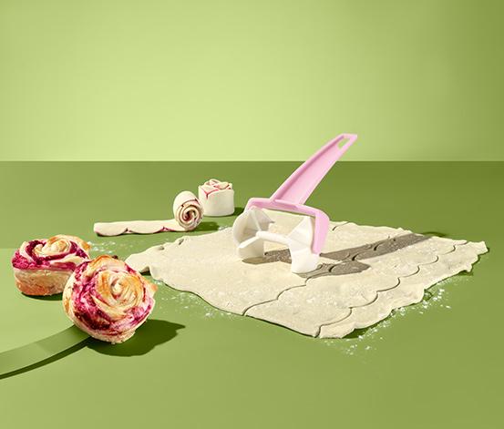 Valček na cesto na prípravu ružičkových koláčikov