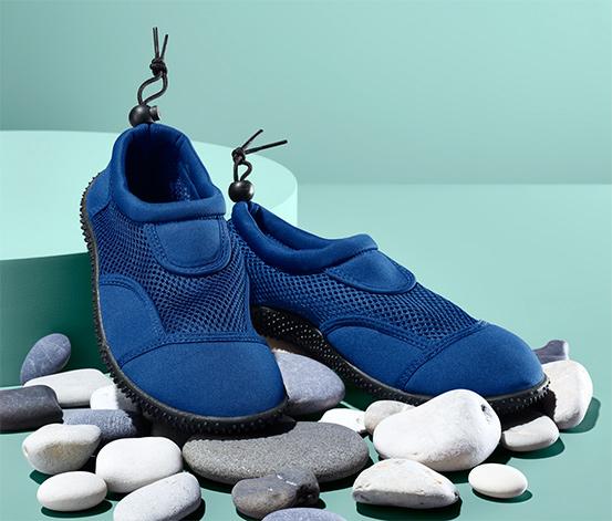 Buty do kąpieli ze sznurkiem ściągającym umożliwiającym regulowanie