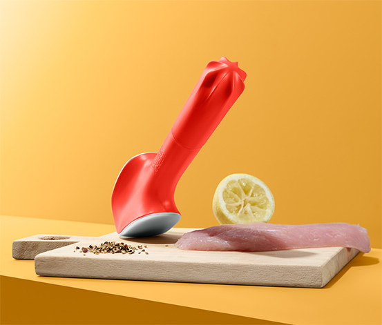 Multifunkční palička na maso Joseph Joseph Flavouriser™