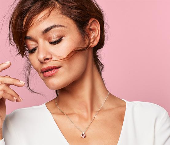 Női nyaklánc, Swarovski kristályokkal