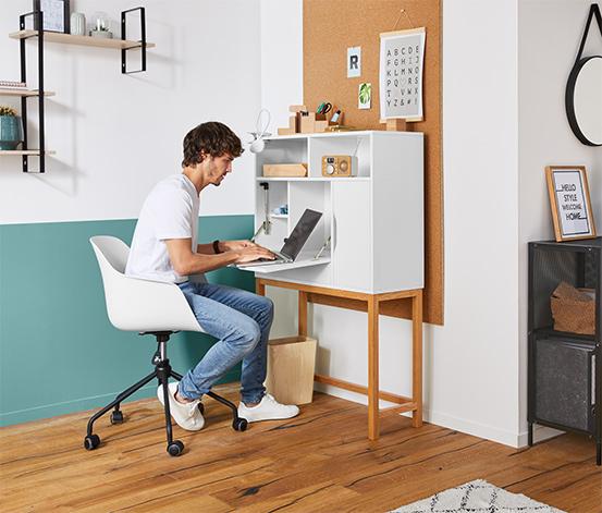 Schreibtischstuhl mit Kunststoffsitzschale