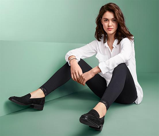 Czarne legginsy z ozdobnym akcentem