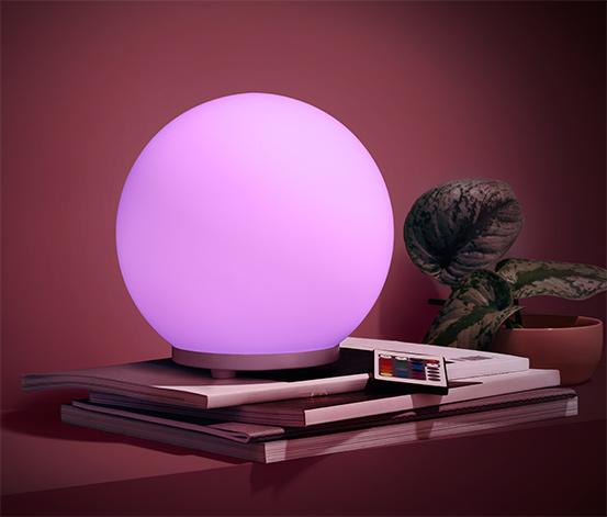 Svítidlo s LED a barevným přechodem