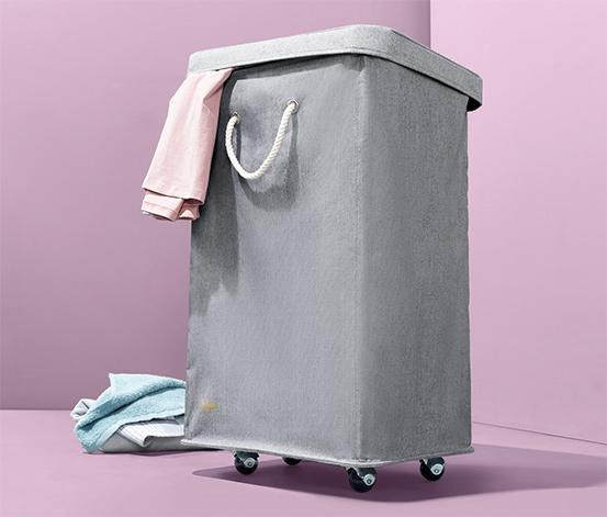 Koš na prádlo s kolečky