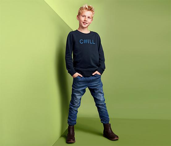 Bluza dresowa z kontrastującym napisem z bawełną ekologiczną
