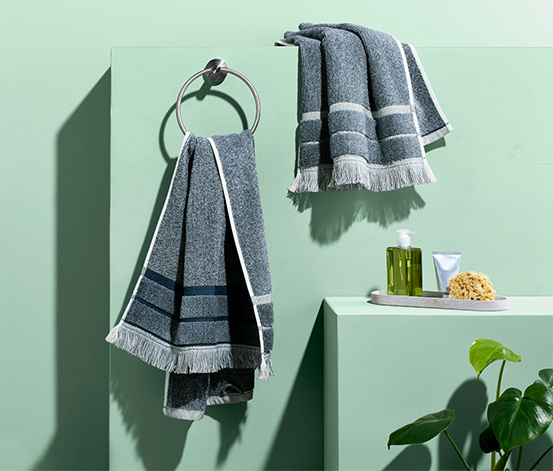 2 melierte Handtücher, blau