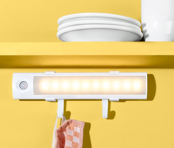 Multifunkcionális LED-es lámpa, 2 akasztó, mozgásérzékelős