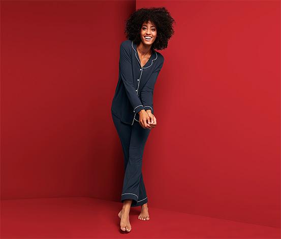 Női szatén pizsama, sötétkék