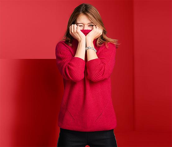 Női magas nyakú pulóver, piros