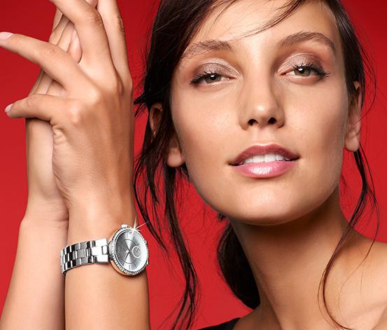 Dámske hodinky s remienkom z ušľachtilej ocele