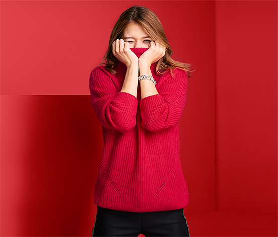Pletený svetr se stojáčkem