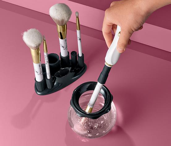 Elektrický čistič štětců na make-up