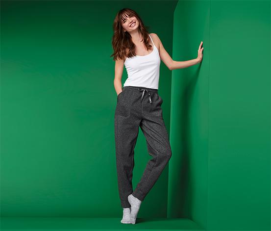 Damskie spodnie rekreacyjne ze srebrzystą przędzą
