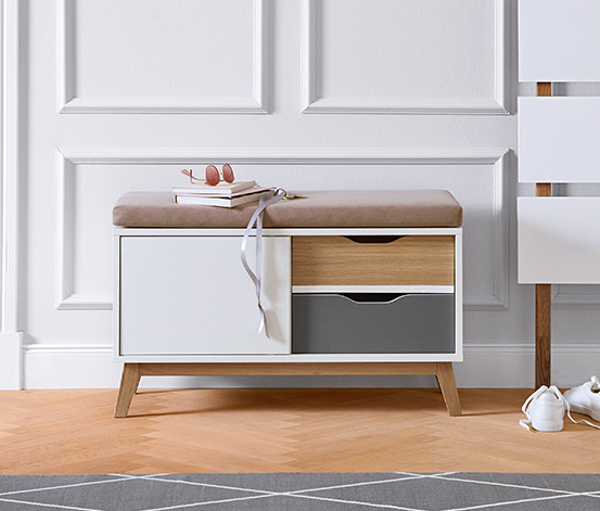 Čalúnená lavica s 2 zásuvkami