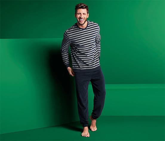 Pyžamo z plyšové pleteniny