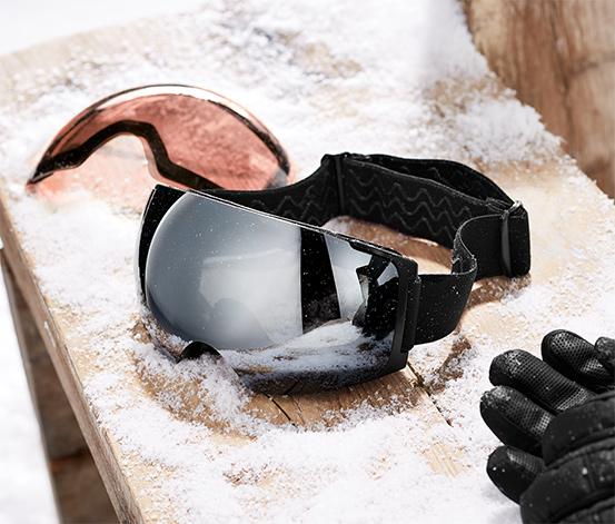 Gogle narciarskie z wymiennymi magnetycznymi szybkami