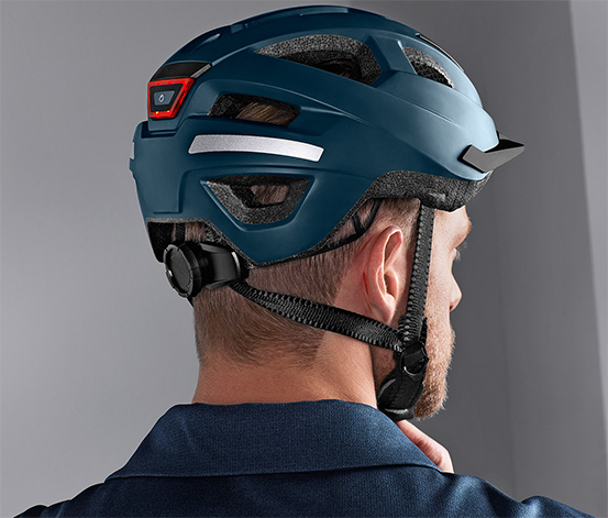 Cyklistická přilba in-mold