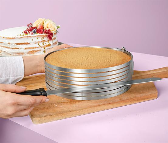 Pomôcka na krájanie tortových korpusov s cukrárskym nožom na glazúru