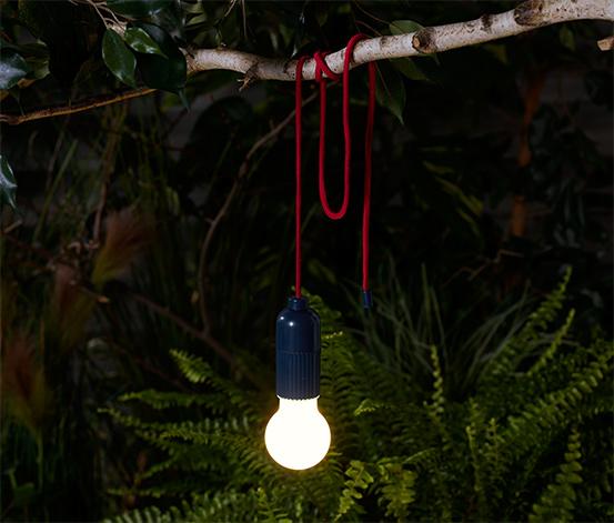 LED-es kempinglámpa, elemes, karabinerrel