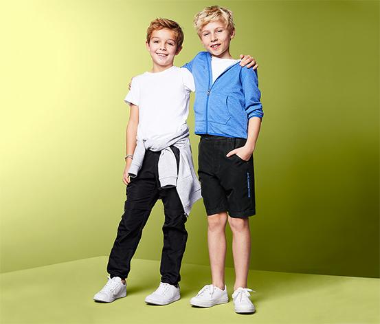 Chłopięce spodnie z odpinanymi nogawkami i regulacją w pasie