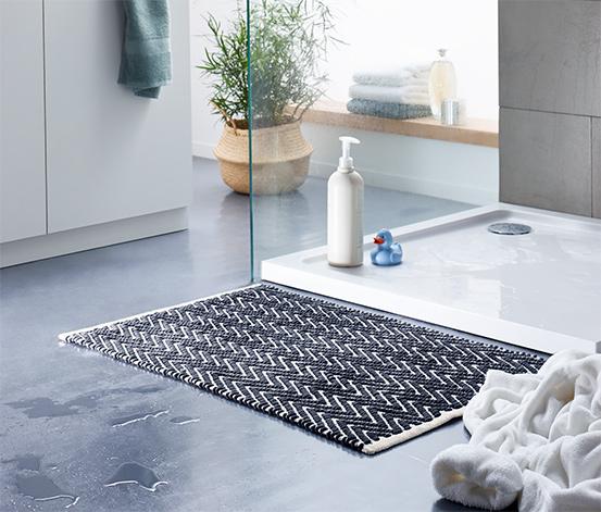 Predložka do kúpeľne s kosoštvorcovým vzorom