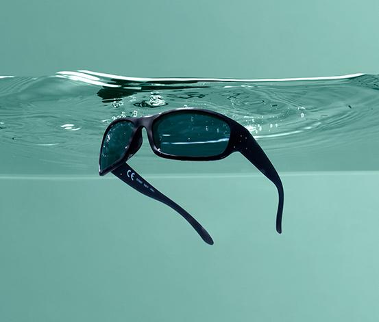 Plovoucí sportovní brýle