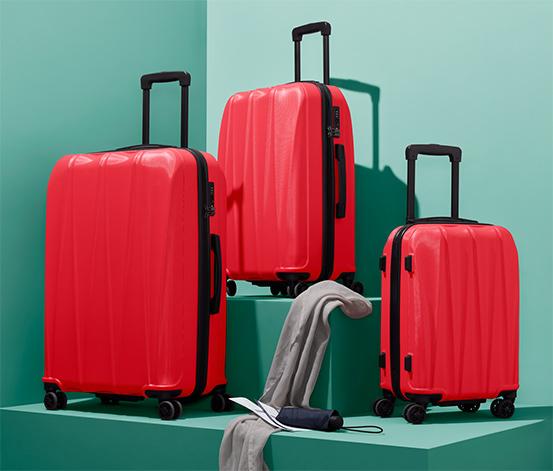 Twarda walizka ok. 29 l, czerwona