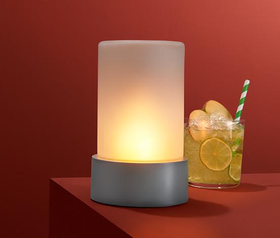 LED lámpa, lobogó fényű, elemes