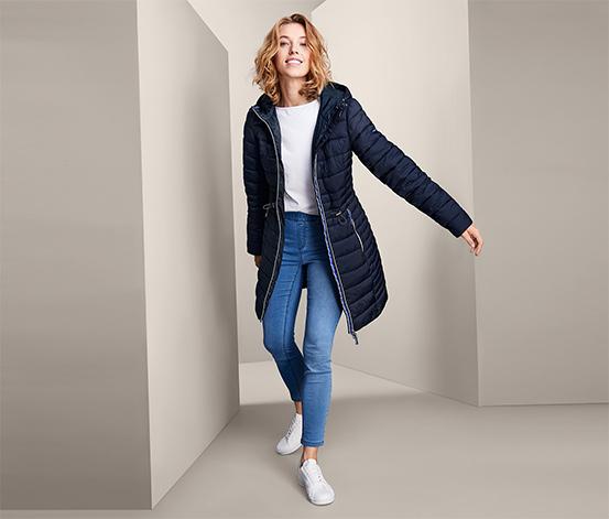 Prošívaný kabát s kapucí