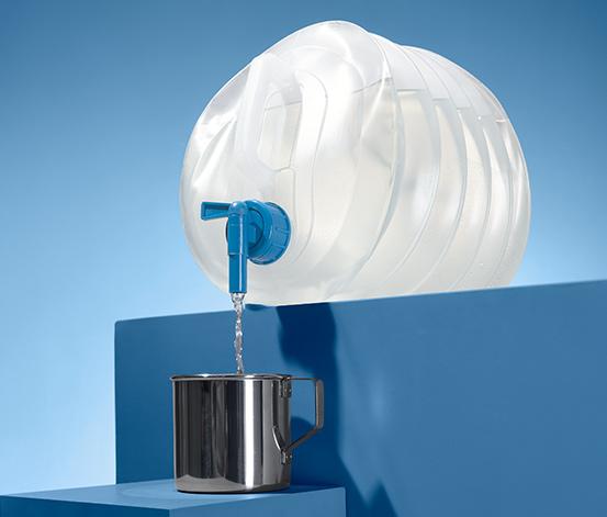Skládací plastový kanystr na vodu