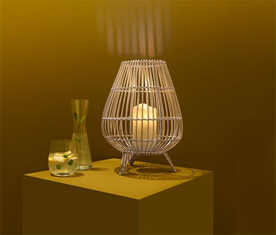 Windlicht mit LED-Kerze