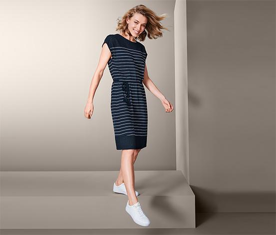 Džersejové šaty s ažúrovou výšivkou