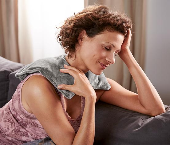 Rozgrzewająca poduszka na ramiona