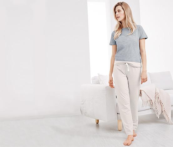 Női pizsama, hosszú