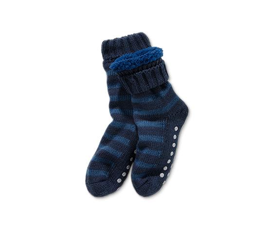 Kisgyerek házicipő-zokni